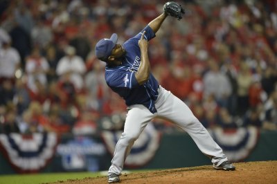 Mariners sign relief pitcher Fernando Rodney