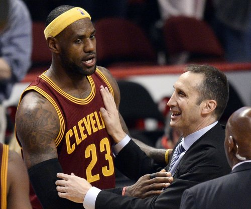 LeBron James a 'game-time decision' when Cavs visit Suns