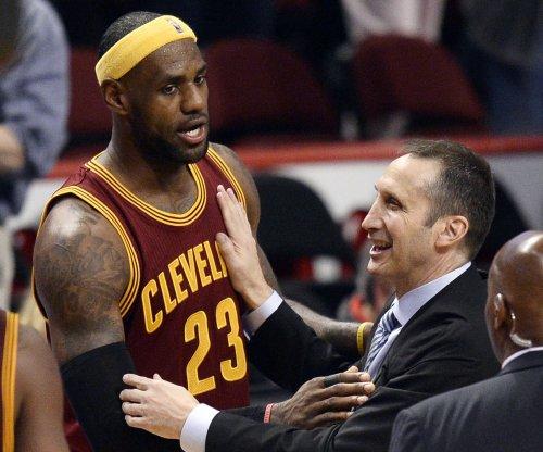 LeBron James a 'game-time decision' when Cavs visit Suns