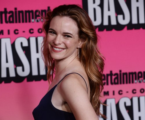 Danielle Panabaker of 'The Flash' marries Hayes Robbins