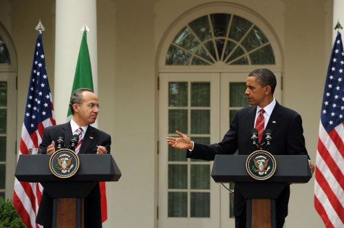 Calderon, Obama talk immigration