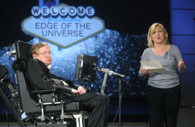 Stephen Hawking changes his mind on black holes