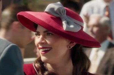 Hayley Atwell stars in 'Agent Carter' Season 2 promo