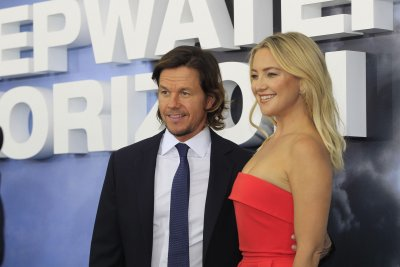 'Deepwater Horizon' is remarkably fossil-fuel friendly for an oil rig disaster film