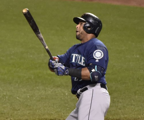 Seattle Mariners lose DH Nelson Cruz, SS Jean Segura to injuries