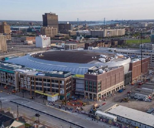 Electrical workers falls to death from catwalk in Detroit arena