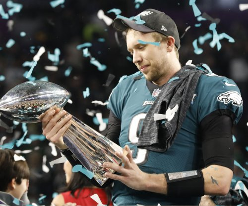 Philadelphia Eagles place high price on trading Nick Foles