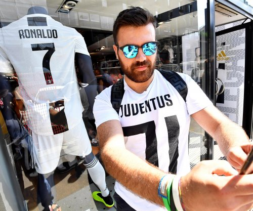 Juventus sells $60M worth of Cristiano Ronaldo jerseys in 24 hours