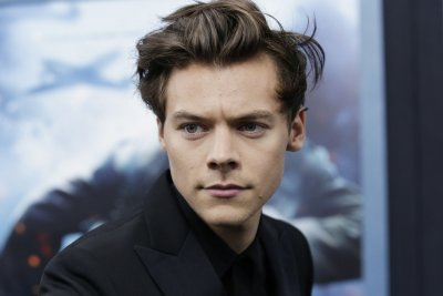 Harry Styles parties in new music video for 'Lights Up'