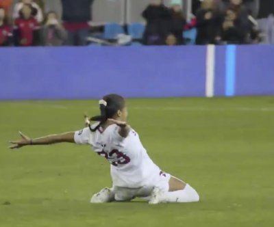 College soccer: Stanford beats North Carolina for women's title