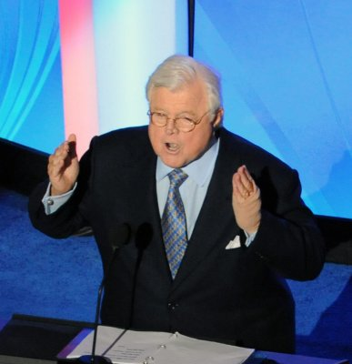 Ted Kennedy returns to the Senate
