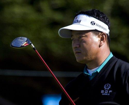 Johnson, Choi share Scandinavian lead