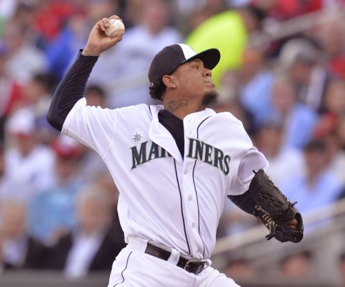 King Felix, Seattle Mariners open set with Toronto Blue Jays