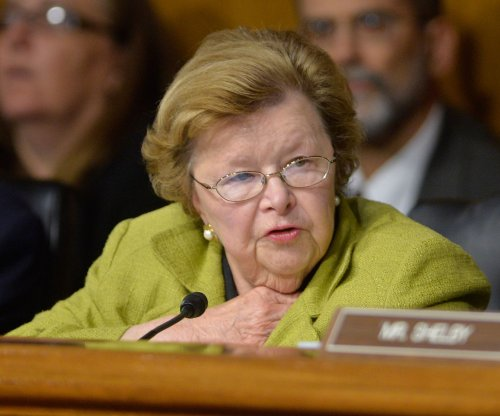 U.S. Sen. Mikulski gives Obama key vote for Iran nuclear deal