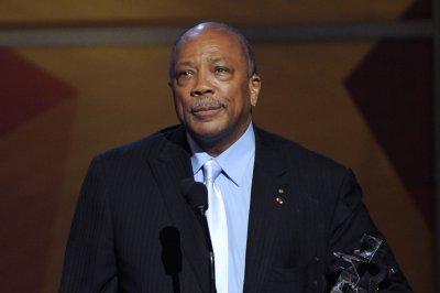 Quincy Jones doing 'fine' after hospital visit