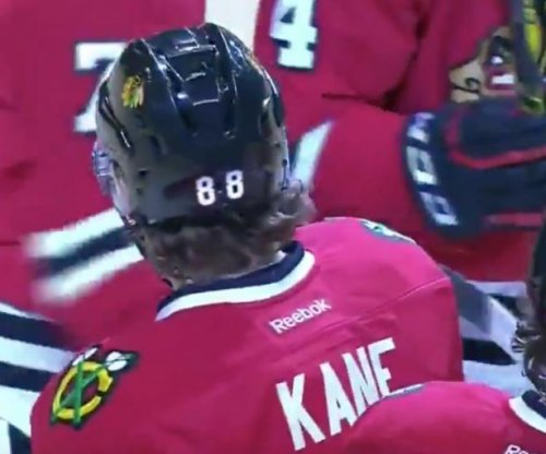 Patrick Kane's streak hits 23 as Chicago Blackhawks top Nashville Predators