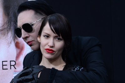 Marilyn Manson appears in teaser trailer for Season 3 of 'Salem'
