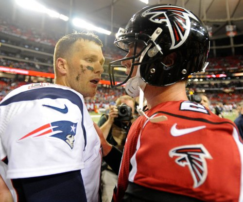 New England Patriots' Tom Brady texts regularly with Atlanta Falcons' Matt Ryan
