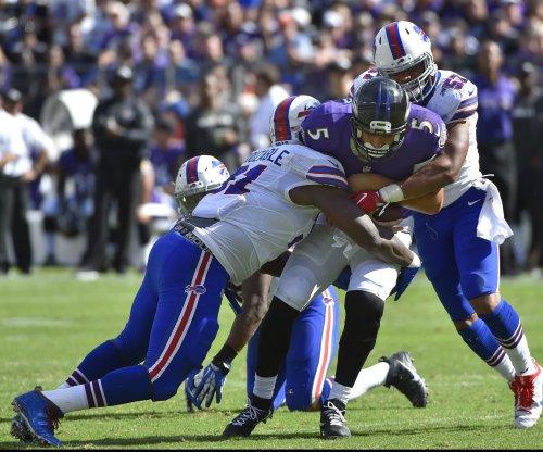 Buffalo Bills re-sign LB Lorenzo Alexander