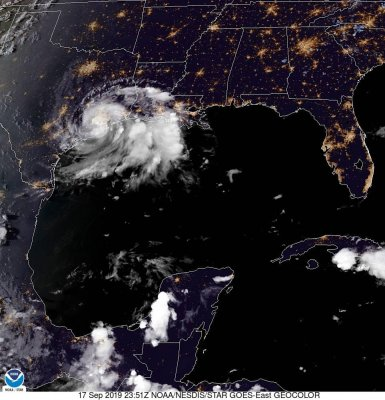 Tropical Storm Imelda makes landfall in Texas, Houston prepares for flooding