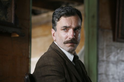 Day-Lewis plays oil tycoon in 'Blood'