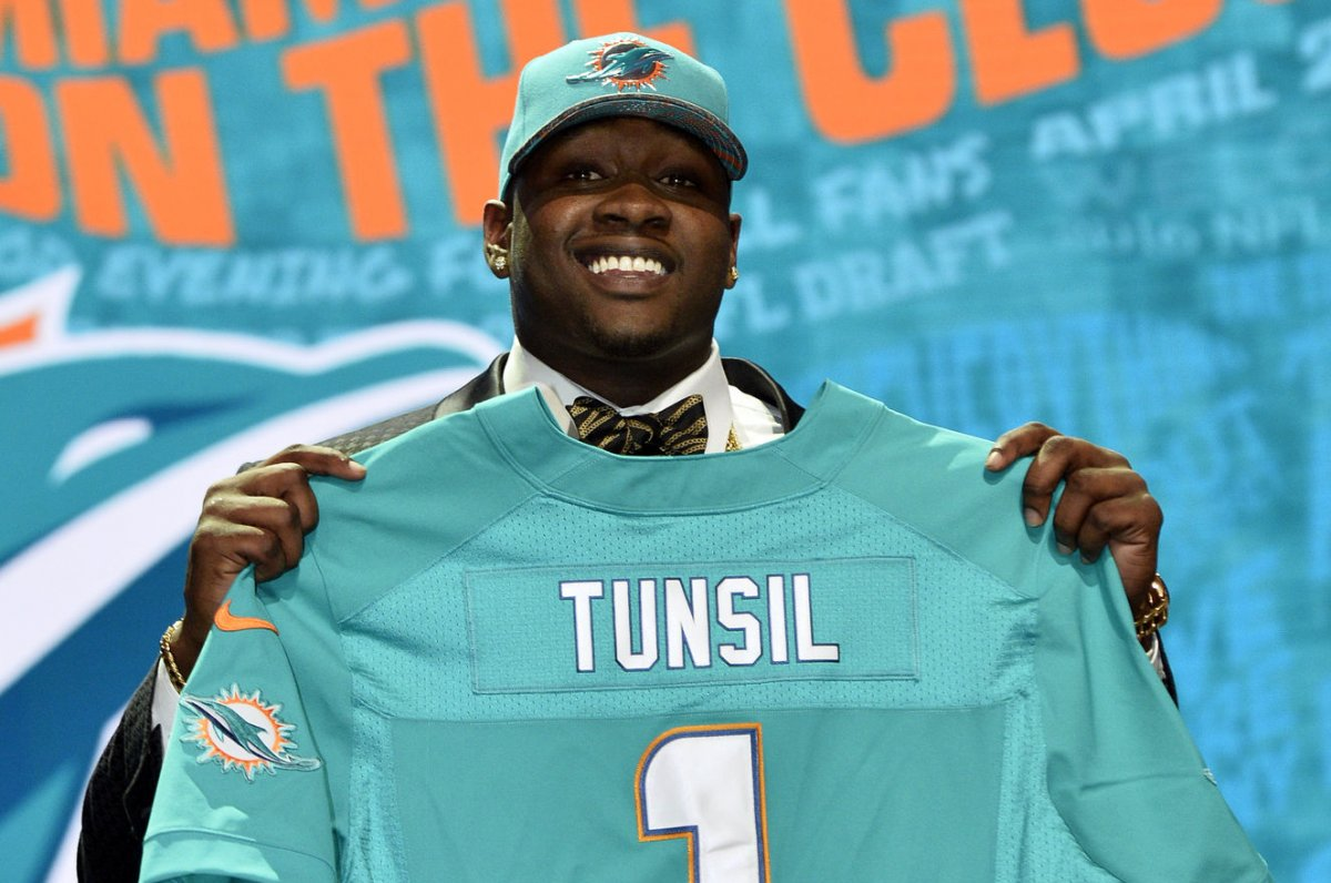 Laremy Tunsil Miami Dolphins OT not expected to enter NFL s