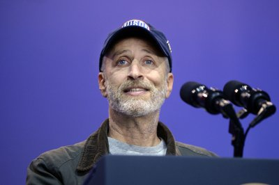 Samantha Bee and Jon Stewart to appear on 'The Late Show' next week