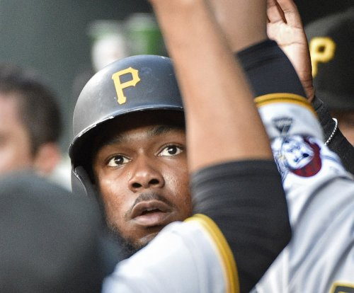 Josh Bell's 3-run HR in 9th lifts Pittsburgh Pirates past St. Louis Cardinals