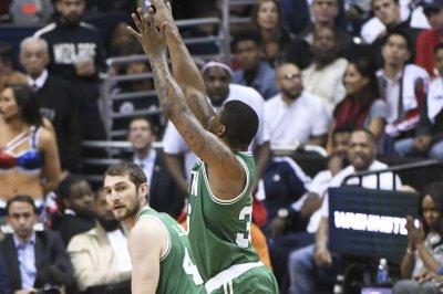 Boston Celtics guard Marcus Smart has torn oblique, out 4-6 weeks