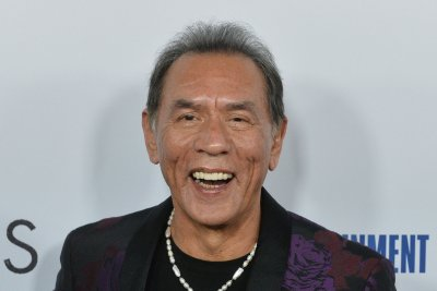 Wes Studi, David Lynch to receive honorary Oscars