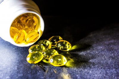 Omega-3 fish oil doesn't reduce risk for early signs of colon cancer, study finds