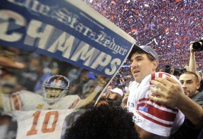 NFL: New York Giants 21, New England 17