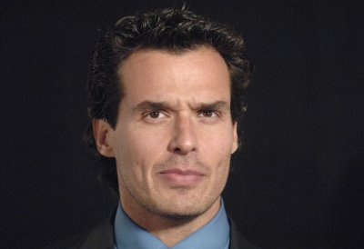 Antonio Sabato Jr. eliminated from 'Dancing with the Stars'