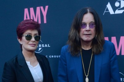 Ozzy Osbourne visits Alamo to apologize for peeing incident