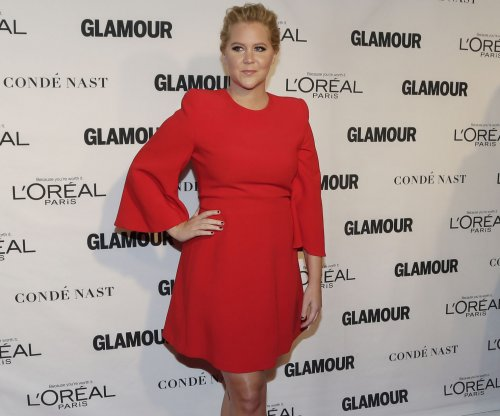 Amy Schumer roasts Jennifer Lawrence to VF: 'Jen is the meanest person I know'