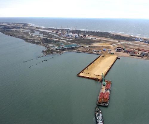 U.S. sanctions won't affect Crimea bridge construction, Russia says