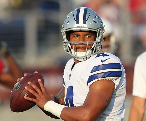 Dallas Cowboys: QB Dak Prescott sharp even without Ezekiel Elliott (suspension) in backfield