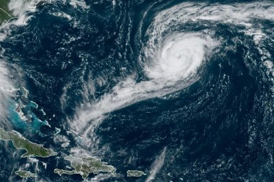Paulette may make landfall on Bermuda as strong hurricane
