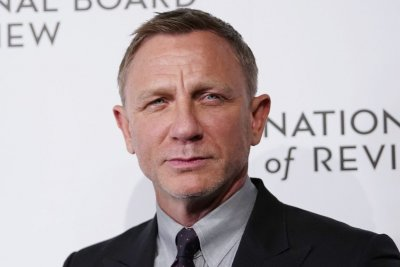 'Knives Out' sequels move to Netflix, Daniel Craig returning