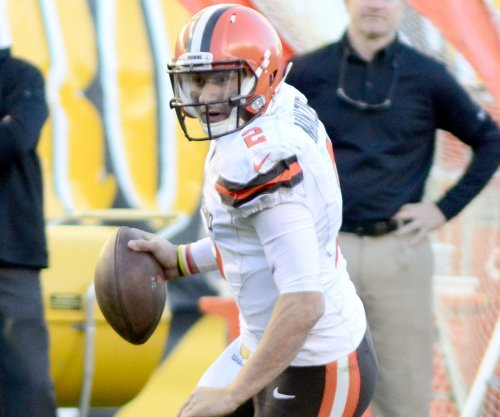Partying sends Browns QB Johnny Manziel back to bench