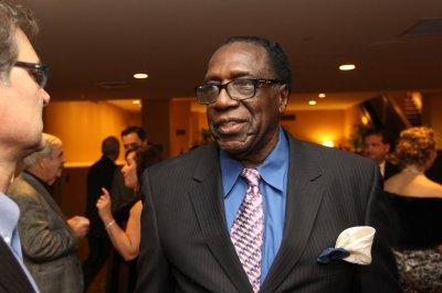 Harlem Globetrotters legend Meadowlark Lemon dies