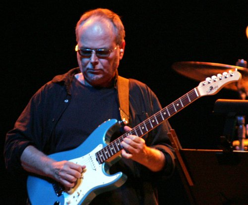 Steely Dan co-founder Walter Becker dies