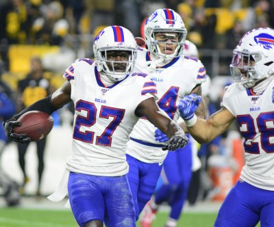 Bills hold off Steelers, secure rare playoff berth