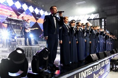 Air Force will allow women to wear pants with mess dress uniform