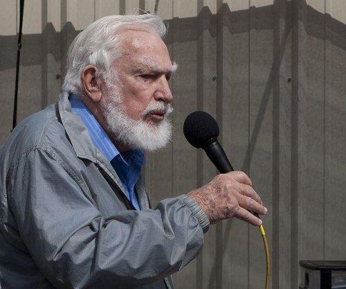 Martin Litton, influential conservationist, dies at 97