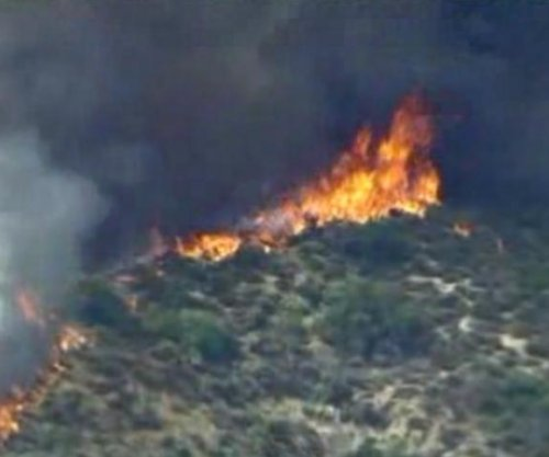 Los Angeles-area brush fire has scorched at least 183 acres