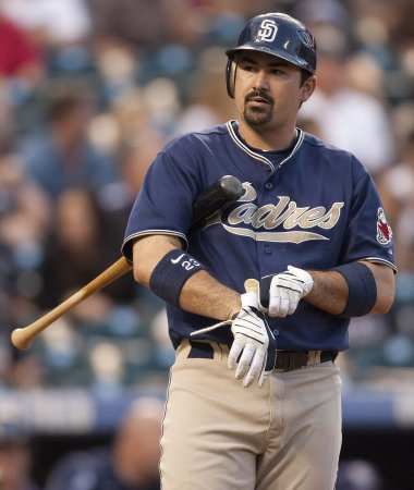 Reports: Boston trades for Adrian Gonzalez