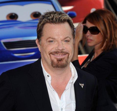 Izzard, Hoskins up for 'Snow White' roles
