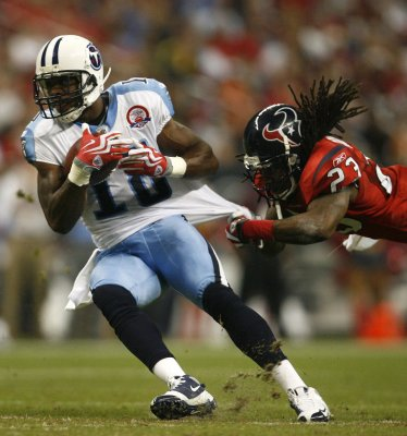 Titans' Britt enters not guilty plea