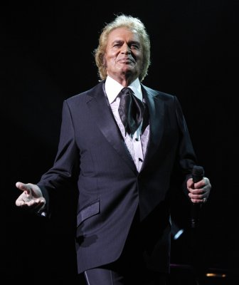 Humperdinck's Eurovision song announced